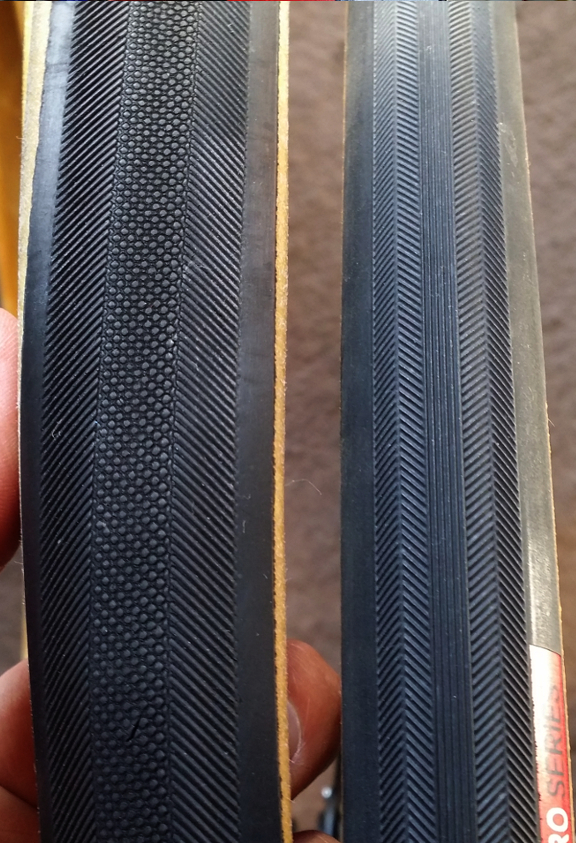 Tread pattern: unmounted Veloflex Masters (L) Vittoria Open Corsa SC (R)