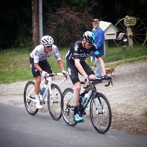 Froome and Kennaugh cresting Myers Creek Rd.